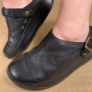 Fit Flop sandals clogs leather women's size 9